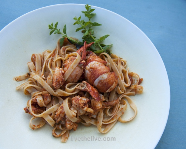 Pasta with lobster sauce